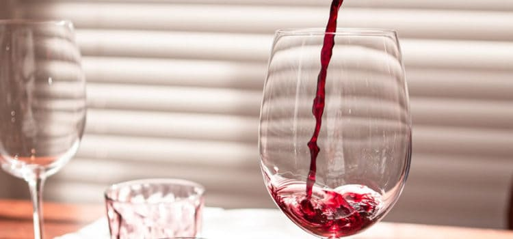 what is a sommelier?